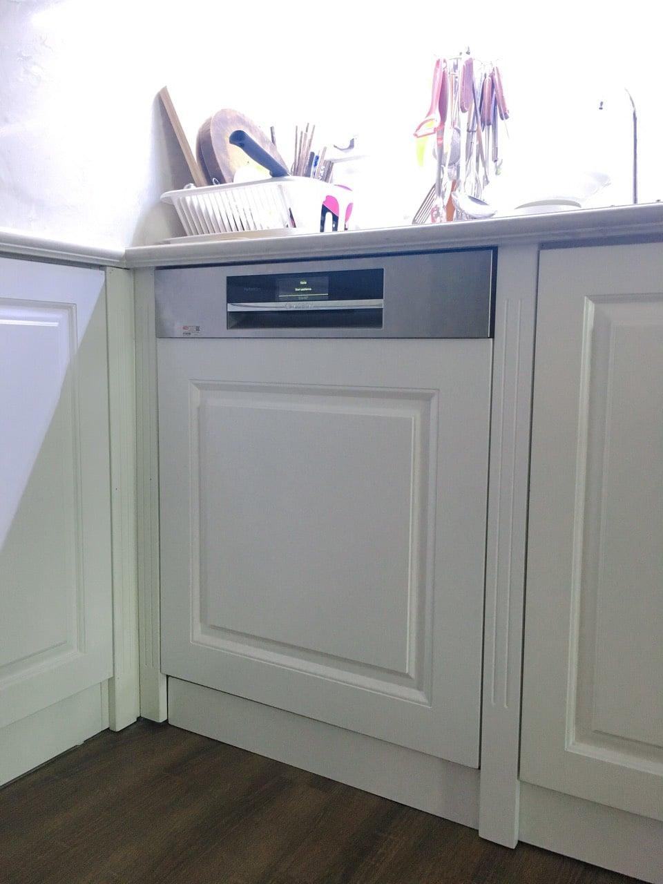 Nhà đẹp thêm SANG nhờ máy rửa bát Bosch âm tủ Smi88ts46e 6